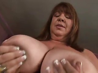 Cum Swallowing MILFS Totally..